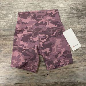 Lululemon Align shorts NWT
